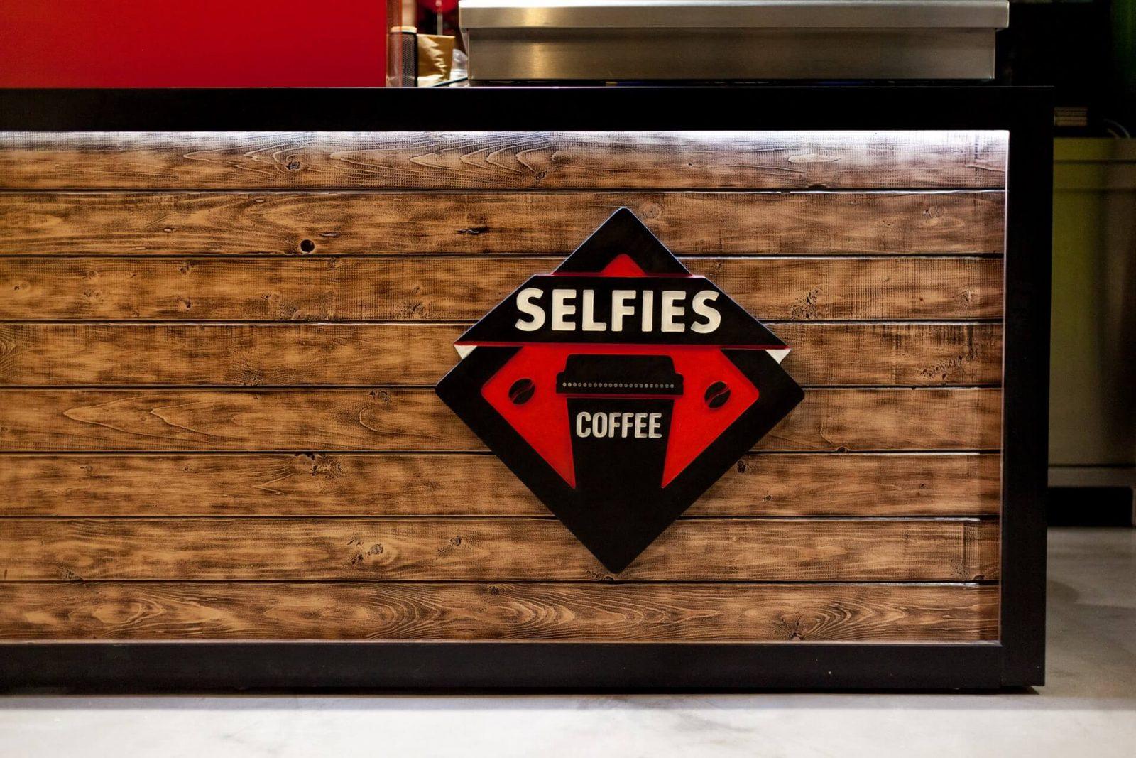 Selfies - 3